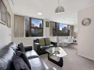 305PicturePerfect Sydney Hyde Park & Fully Furnish - Sydney vacation rentals