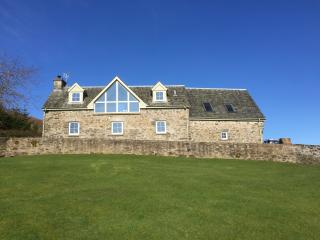 4*Detached Steading conversion with stunning views - Aberfeldy vacation rentals