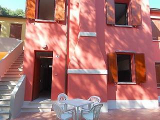 Comfortable Condo with Balcony and Parking - Sant'Anna di Chioggia vacation rentals