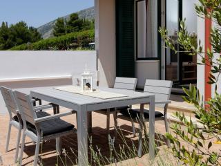 1 bedroom Condo with Internet Access in Bol - Bol vacation rentals