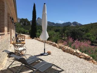 Can Elisa Tarbena | Apartamento Almendra - Tarbena vacation rentals