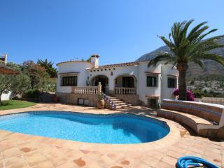 Charming 2 bedroom Villa in Denia - Denia vacation rentals