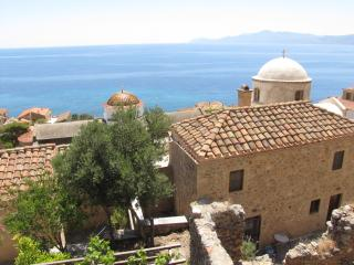 Nice 3 bedroom Monemvasia Villa with Water Views - Monemvasia vacation rentals