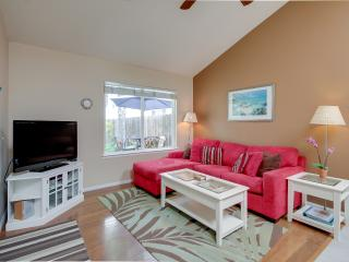Nautilus Rentals: Peek bay view in stylish accommodations, private patio, - San Diego vacation rentals