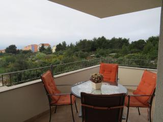 Renata 2 (4+2) - Okrug Gornji vacation rentals
