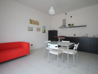 Bright Lecco Condo rental with Central Heating - Lecco vacation rentals