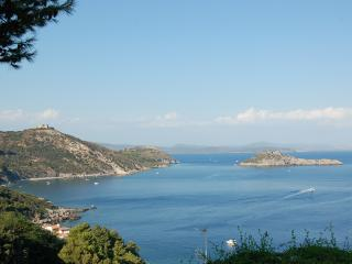 Maisonette with direct access to the sea - Porto Ercole vacation rentals