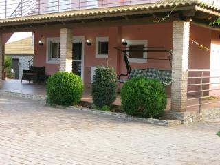 3 bedroom Apartment with Washing Machine in Marathopoli - Marathopoli vacation rentals