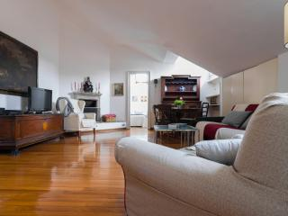 Beautiful Condo with Internet Access and A/C - Province of Milan vacation rentals