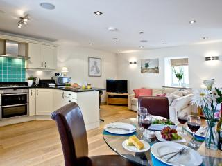 The Parlour, Wellesley Park located in Wells, Somerset - Wells vacation rentals