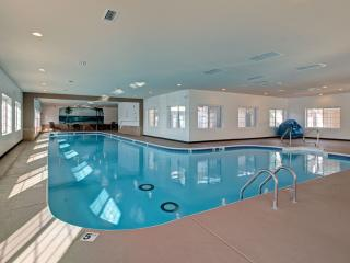 Relaxing family escape w/pools, wifi, patio, more! - Branson vacation rentals