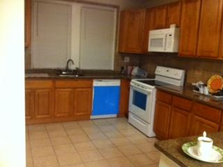 House with 2bedrooms in the safe area - Philadelphia vacation rentals