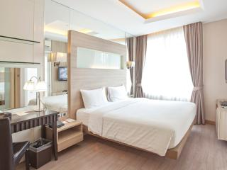 Deluxe 1 Bedroom Suite 47 Sq.m. - 9 - Bangkok vacation rentals