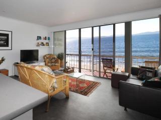 Beautiful 2 bedroom Condo in Kingborough - Kingborough vacation rentals