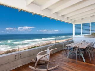 OCEANFRONT LUXURY - Nest Holidays - Sunshine Beach vacation rentals