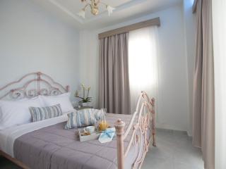 Romantic 1 bedroom Platamon Resort with Internet Access - Platamon vacation rentals