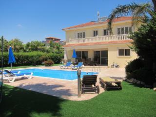 Nelly Villa - Pyla vacation rentals