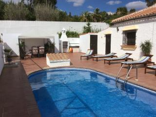 Nice Villa with Internet Access and A/C - Almogia vacation rentals