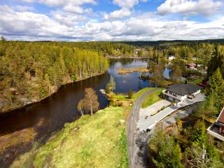 Spacious apartment - Lakeside Hideaway - Oslo vacation rentals