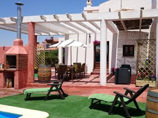 Villa private pool &BBQ 1 hour from Malaga airport - Padul vacation rentals