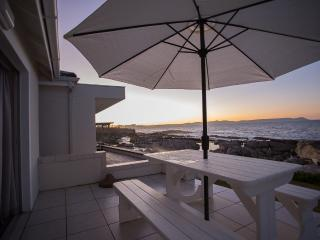 Hermanus Whale View Beach House - Hermanus vacation rentals