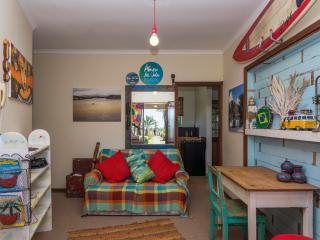 2 bedroom Apartment with Internet Access in Summerstrand - Summerstrand vacation rentals