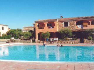 beautiful villa with pool and garden - Monte Petrosu vacation rentals