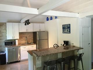 Cozy House with Internet Access and A/C - South Haven vacation rentals