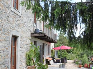 Apartment in the Langhe hills with stunning views - Levice vacation rentals