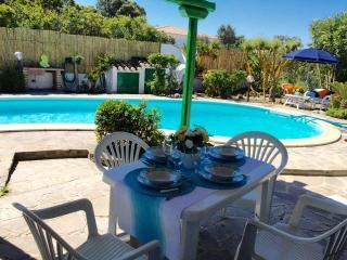 Calasetta Villa con piscina Loc. Saline - Calasetta vacation rentals