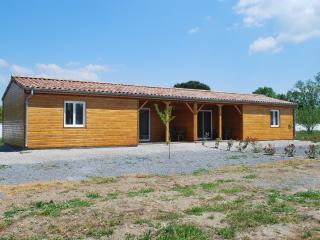 6 bedroom Chalet with A/C in Casteljau - Casteljau vacation rentals