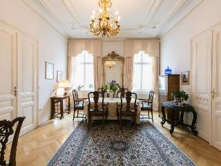 Luxurious Apartment in Central Vienna - Vienna vacation rentals