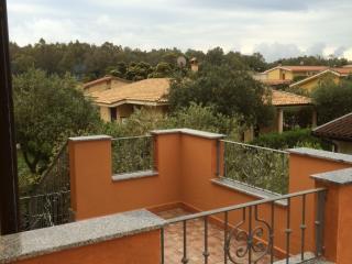 Bright 2 bedroom Condo in Castiadas with A/C - Castiadas vacation rentals