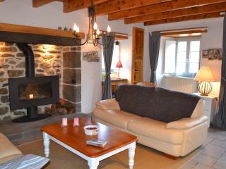 Gite de charme - Saint-Flour - Cantal - Auvergne - Saint-Flour vacation rentals