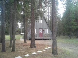 2 bedroom House with Parking in La Pine - La Pine vacation rentals