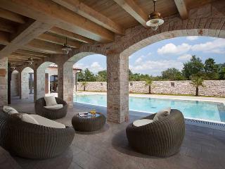FIVE STARS LUXURY VILLA IN BONASINI, NEAR VODNJAN - Vodnjan vacation rentals