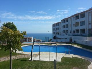 Bonito Apartamento con Vistas Al Mar. - Benalmadena vacation rentals