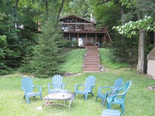 Lake Front Family-friendly Cabin with Sunset Views - Pocono Lake vacation rentals