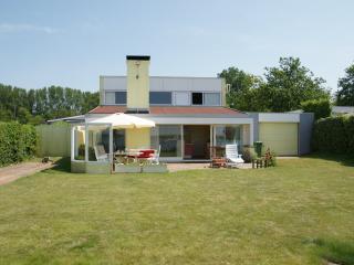 Exklusives alleinstehendes Haus mit Bootssteg - Kamperland vacation rentals