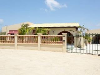 Beautiful vacation home at Piedra Plat - Paradera vacation rentals