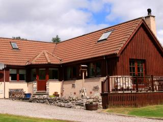Nice Bungalow with Internet Access and Satellite Or Cable TV - Carrbridge vacation rentals