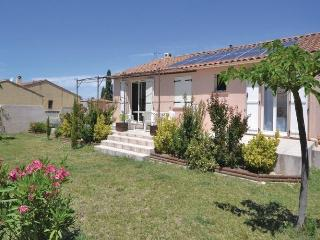 Nice House with Dishwasher and Short Breaks Allowed - Morieres-les-Avignon vacation rentals