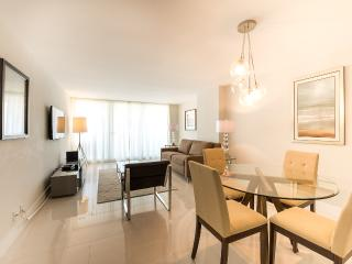 The Grand 3344 | 1bed|1.5baths | Free Parking - Coconut Grove vacation rentals