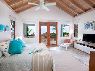 Villa Blue Lagoon 3 Bedroom SPECIAL OFFER Villa Blue Lagoon 3 Bedroom SPECIAL OFFER - Mahoe Bay vacation rentals