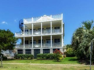 Perfect 5 bedroom Isle of Palms House with A/C - Isle of Palms vacation rentals