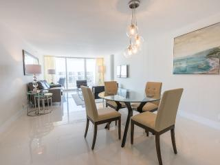 The Grand 3342 | 1bed/1.5bath | Free Valet Parking - Coconut Grove vacation rentals