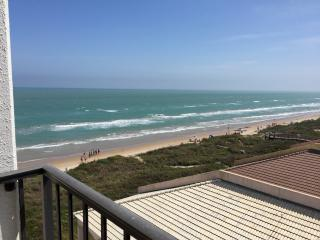 Beachfront Studio- Panoramic Views-pool &hot tub - South Padre Island vacation rentals