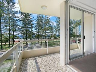 Breezy Beach Apartment @ Burleigh (ON THE BEACH) - Burleigh Heads vacation rentals