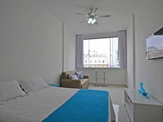 Copacabana3 BrazilianApartments - Rio de Janeiro vacation rentals
