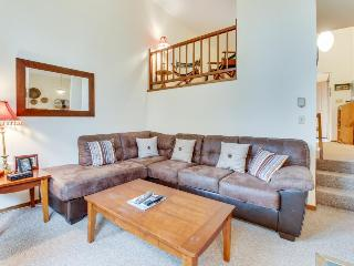 A private balcony, forest views, walk to Pico Mountain! - Killington vacation rentals